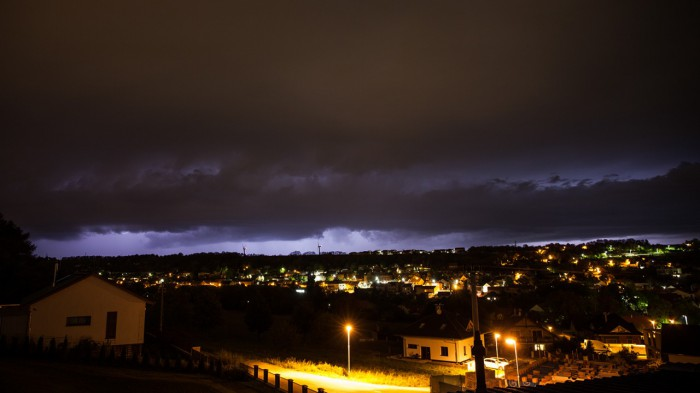 Blížící se noční bouřka spokusem oshelf - autor: Dagmar Drahokoupilová
