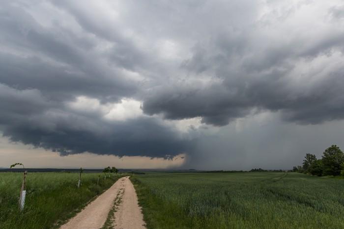 Vzdálená bouřka - autor: Dagmar Müllerová