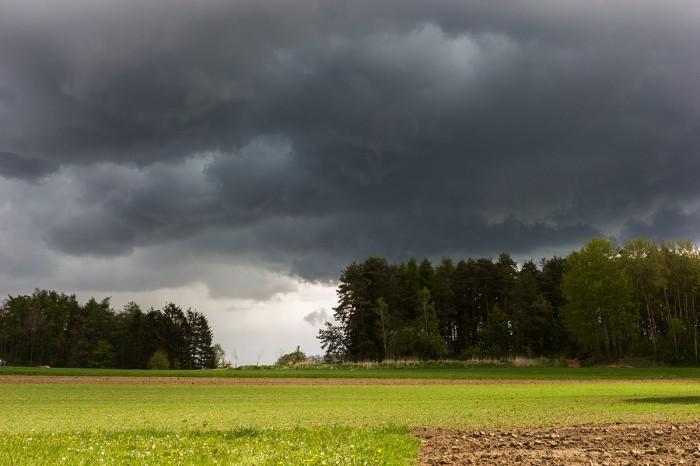 Intenzivní bouřka východně od mé pozice - autor: Dagmar Müllerová