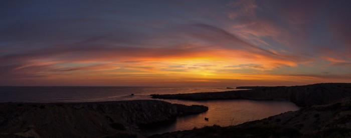 Panorama východu Slunce shalovým sloupem - autor: Dagmar Müllerová