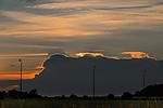 Slunce zapadající za bouřkami nad Německem - autor: Tomáš Chlíbec