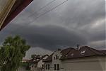 Pohled zokna na odcházející bouřku - autor: Tomáš Chlíbec