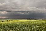 Bouřky nad Chomutovskem - autor: Tomáš Chlíbec