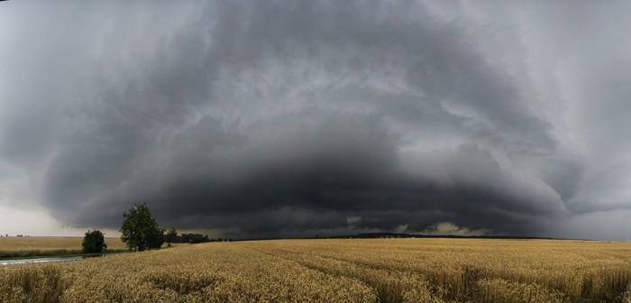 Panorama čela bouřky - autor: Tomáš Chlíbec