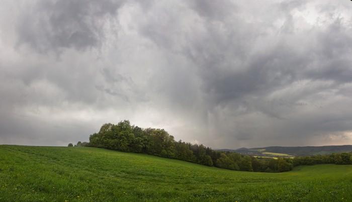 Panorama odcházející bouřky - autor: Tomáš Chlíbec