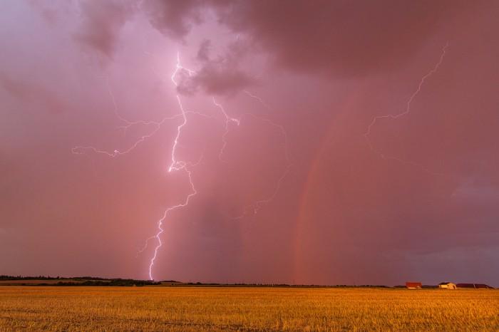 Bouřka při západu slunce 3 - autor: Tomáš Chlíbec