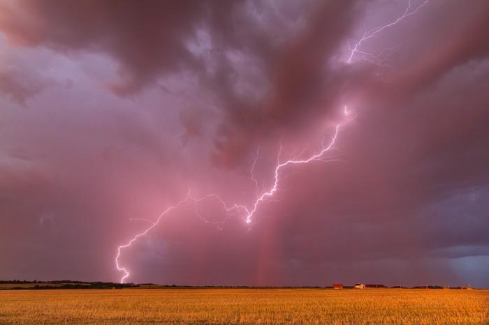 Bouřka při západu slunce 2 - autor: Tomáš Chlíbec