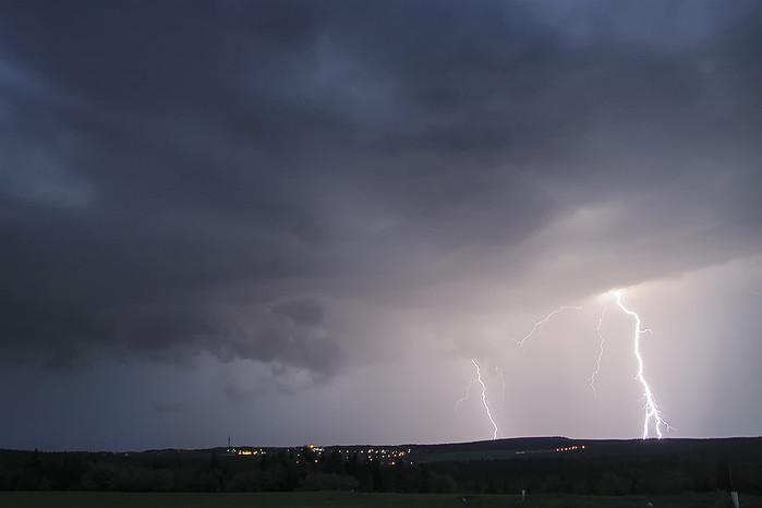 CG blesky na druhé bouřce večera - autor: Tomáš Chlíbec