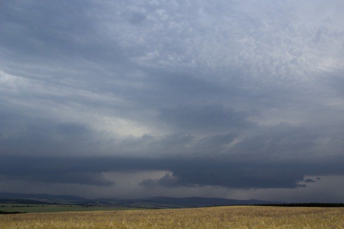 přicházející bouřka  - autor: Luboš Tuháček