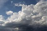 Cumulus se zajímavým tvarem  - autor: Jan Džugan