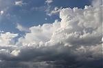 Cumulus se zajímavým tvarem později - autor: Jan Džugan