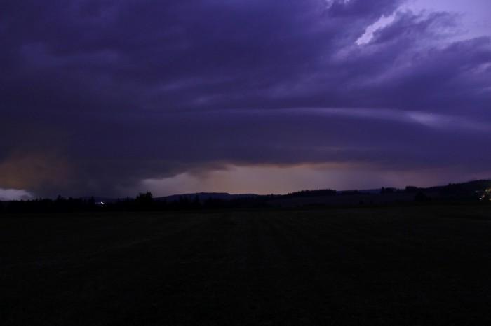 Přicházející bouře se shelf cloudem - autor: Jan Džugan
