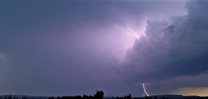 CC a CG blesk na přicházející bouři - autor: Jan Džugan