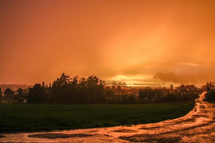 Západ Slunce po bouřce 2 - autor: Jan Džugan