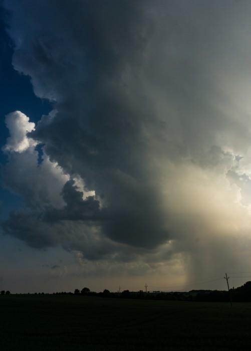 Podezřelá bouřka, východní část - autor: Jan Džugan