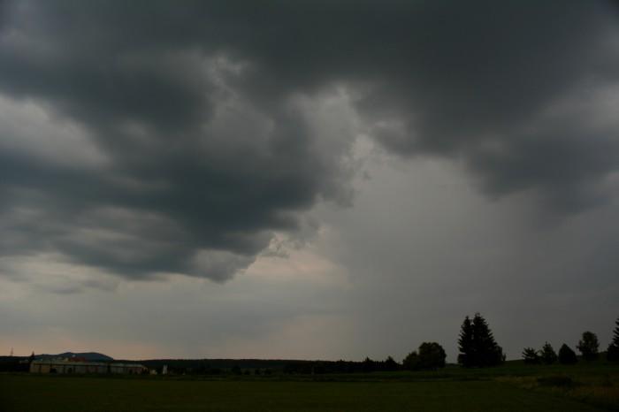 Slabá bouřka 1 - autor: Jan Džugan