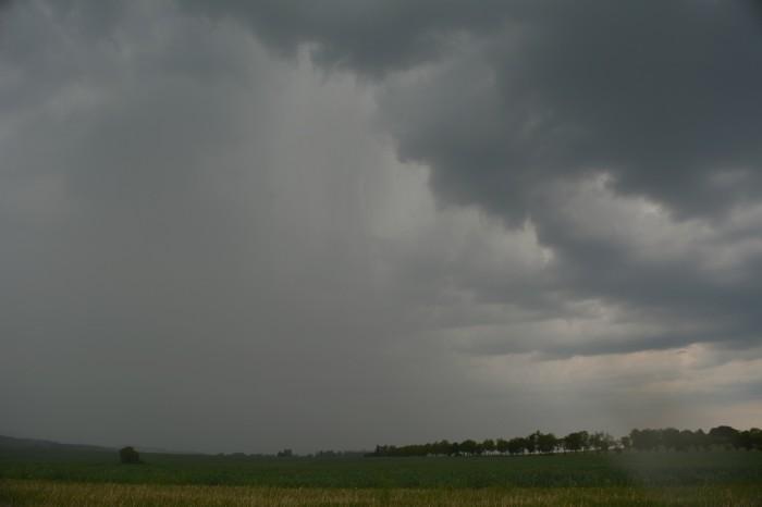 Slabá bouřka 2 - autor: Jan Džugan