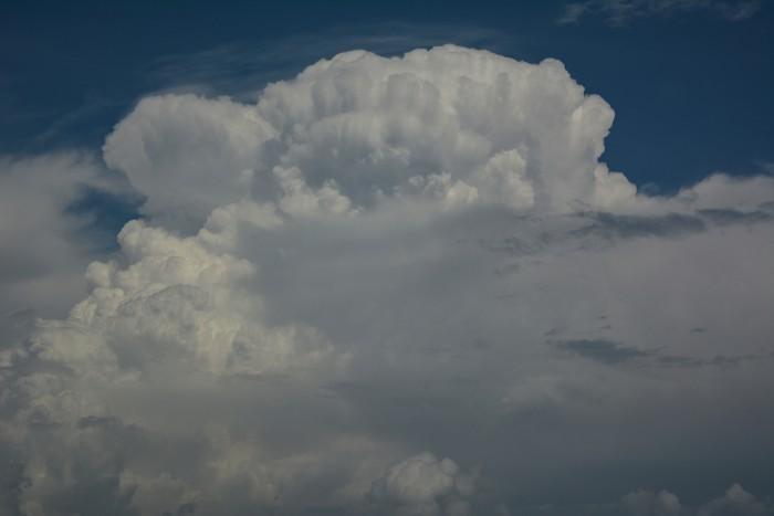 Vrchol bouře před vznikem kovadliny - autor: Jan Džugan