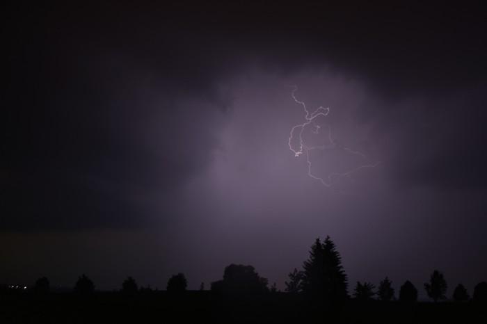 CC blesk na další bouřce 1 - autor: Jan Džugan