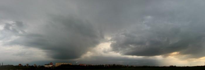 Dvě přeháňky před linií bouřek - autor: Jan Džugan