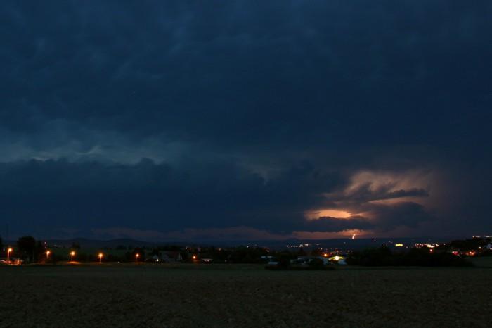 Bouře na západě sCG bleskem - autor: Jan Džugan