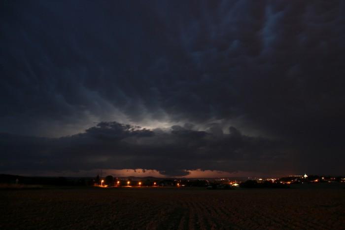 Nasvícená bouře - autor: Jan Džugan