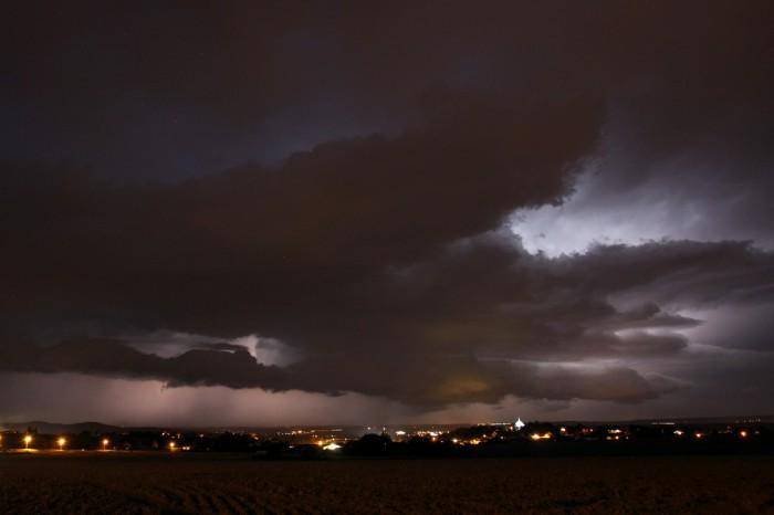 Slábnoucí bouře 2 - autor: Jan Džugan