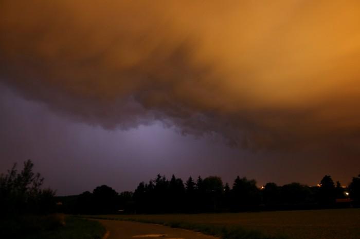 Základna bouřky severozápadním směrem - autor: Jan Džugan