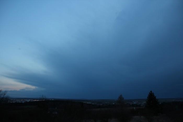 Kovadlina vzdálené bouřky - jihozápadní část - autor: Jan Džugan