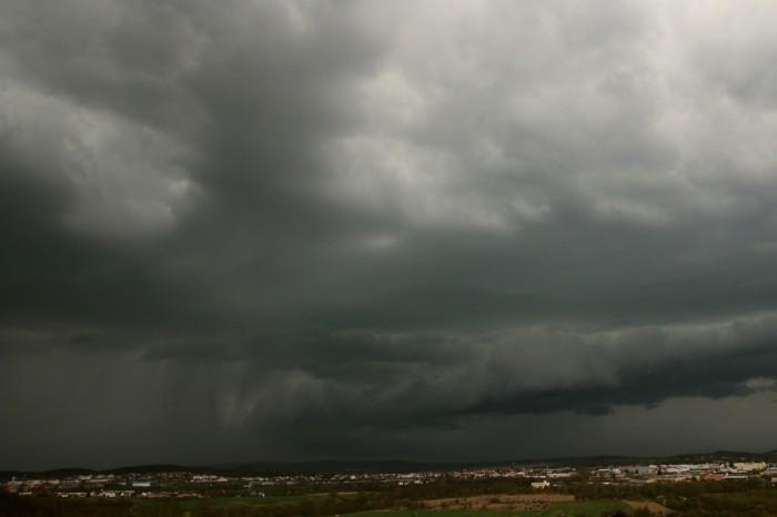 Bouře od jihu a západu 1 - autor: Jan Džugan