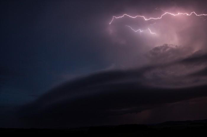 Příchod bouřky - autor: Jan Džugan