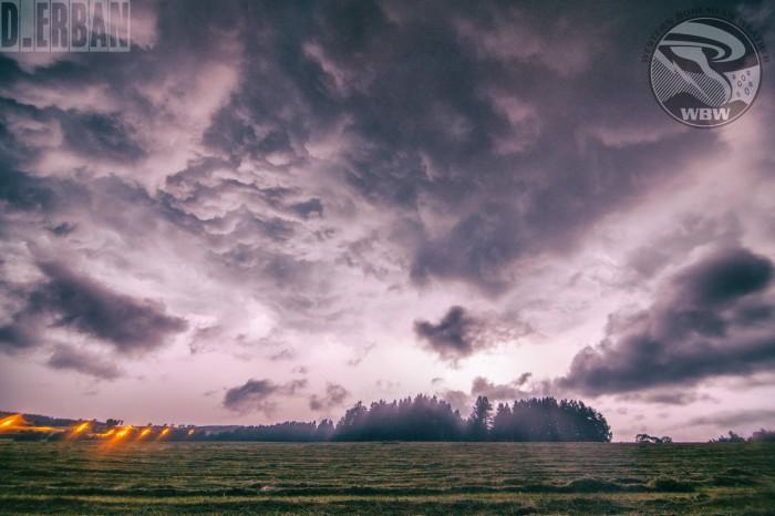 Blesky nasvícená bouře - autor: Jan Džugan
