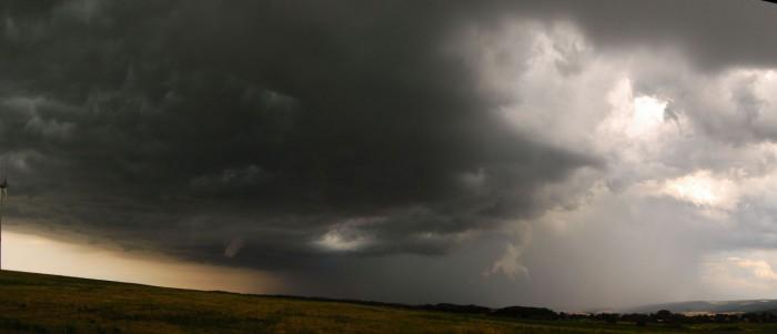 Panoramatický pohled na bouři - autor: Jan Džugan