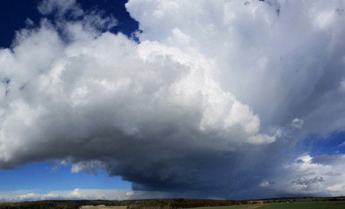Odcházející cumulonimbus - autor: Jan Džugan