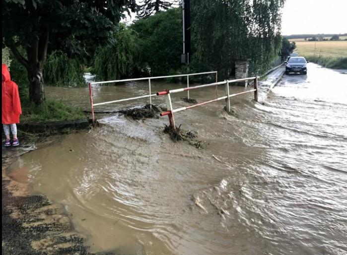 Zaplavená obec Cholina - autor: Jan Švarc