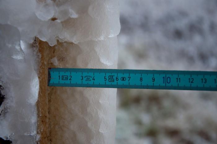 Sněhová tyč - autor: Jan Švarc