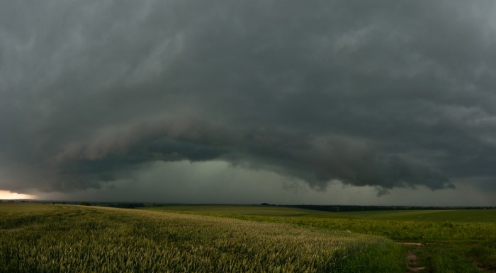 Panorama přicházející silné bouře od jihu - autor: Jan Švarc