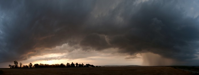 Panorama nasvícené bouřky - autor: Jan Švarc