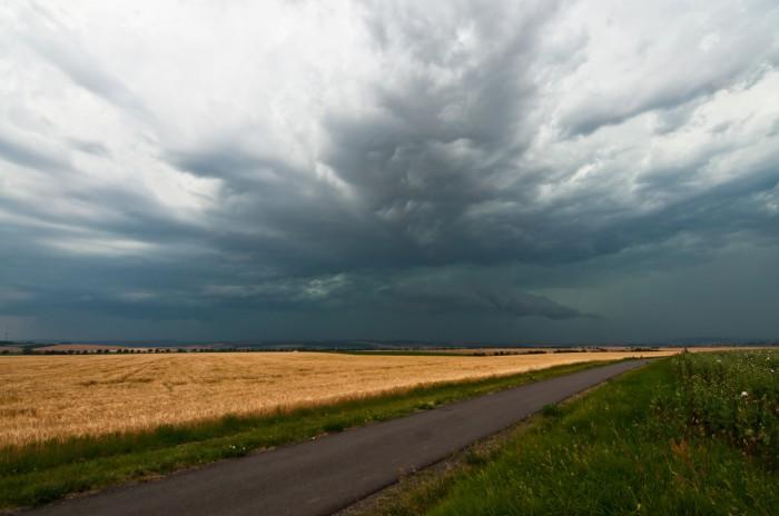 Přicházející wall cloud - autor: Jan Švarc