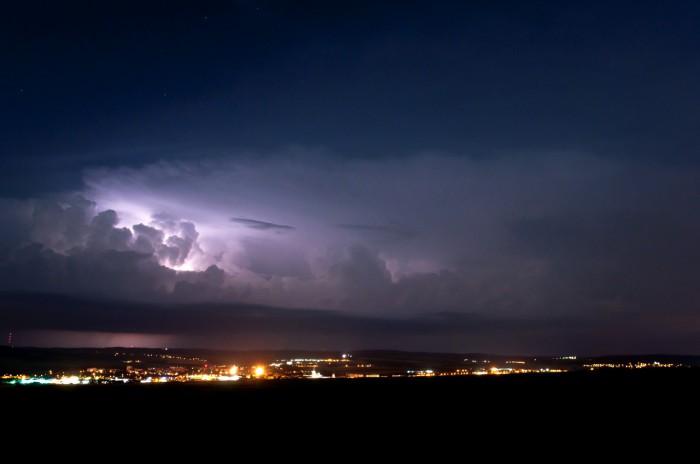 Vzdálená bouřka nad Drahanskou vrchovinou III - autor: Jan Švarc