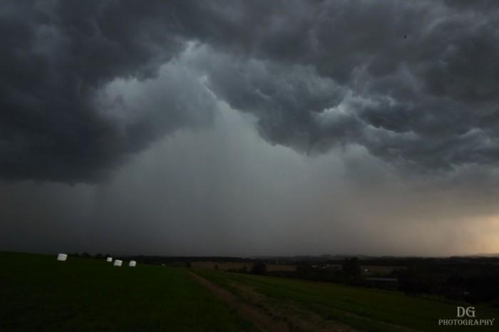 Struktura bouře - autor: David Gorný