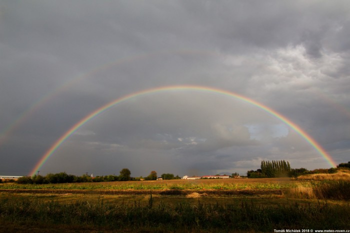 24.8.2018 Duha po bouřce na Pardubicku  - autor: Tomáš Michálek
